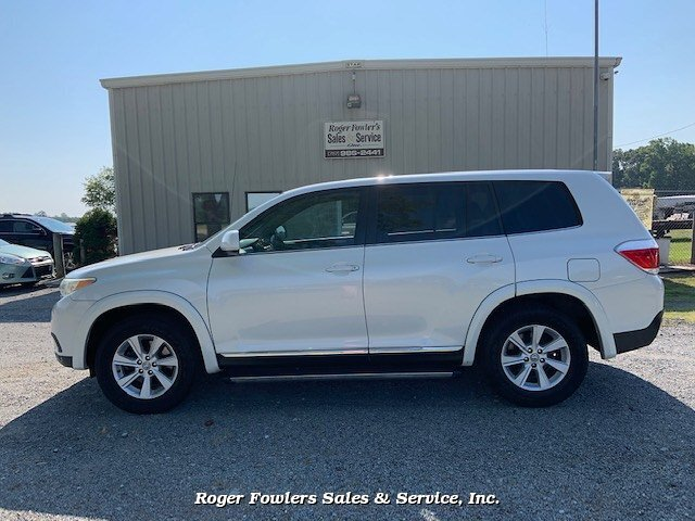 2011 Toyota Highlander Base 2WD I4 5-Speed Automatic